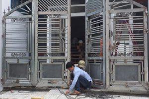 Thợ sơn sửa cổng sắt giá rẻ chuẩn chất lượng