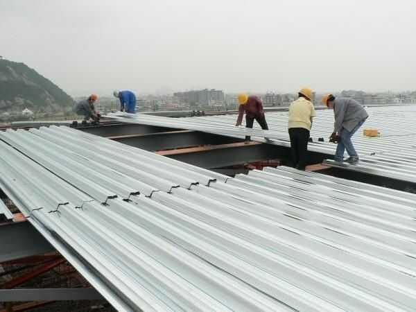 Lợp mái tôn chống thấm bao nhiêu tiền 1 m2 hiện nay?