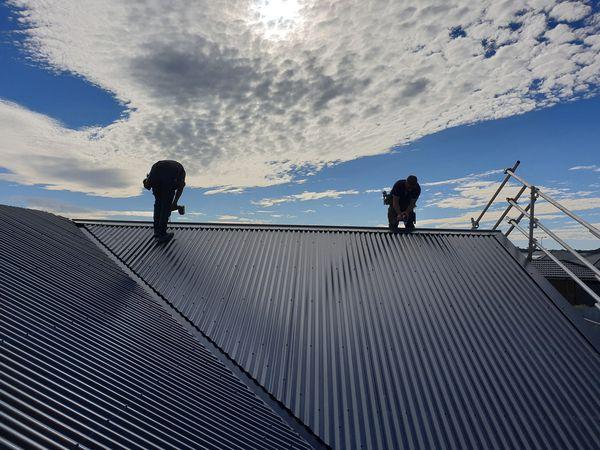 Lợi ích khi lắp đặt mái tôn cho các công trình
