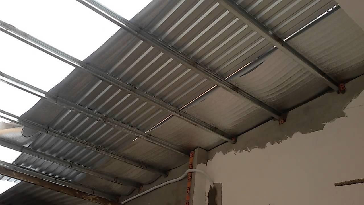 Làm nhà xưởng mái tôn 2 mái có đắt không?