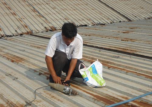 Mái tôn Aqua chuyên cung cấp dịch vụ sửa chữa mái tôn chất lượng với cam kết: