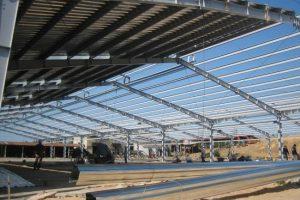 Tìm kiếm thợ lợp mái tôn nhà xưởng tại Từ Liêm chuyên nghiệp