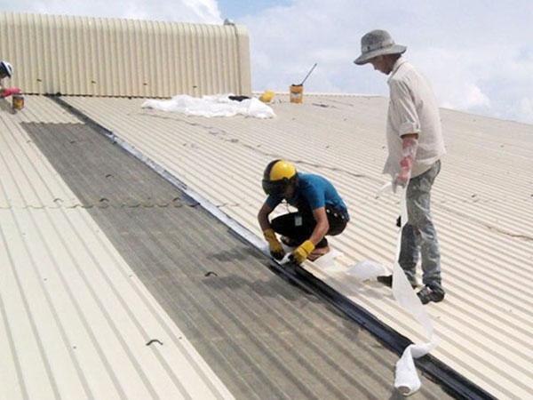 dịch vụ sửa chữa mái tôn 2