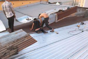 Làm sao để chống dột mái tôn bị gãy sóng nhanh chóng, hiệu quả