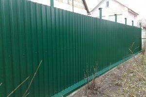 Lắp đặt hàng rào tôn tại quận Hoàng Mai và những điều cần biết